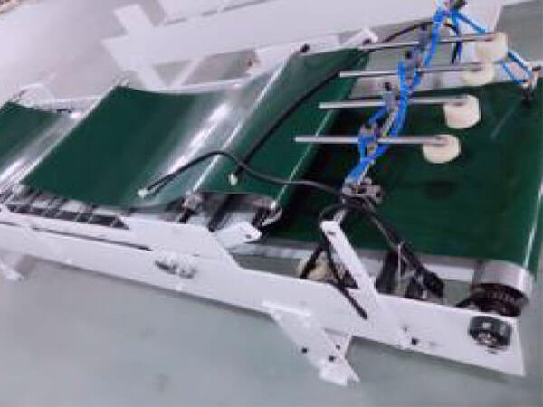 Cardboard Box Bottom Lock Gluer Folder details (2)